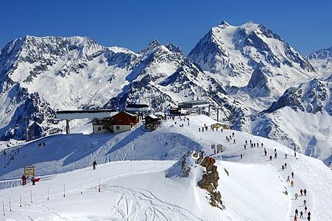 Ski resort Courchevel, lift station Vizelle, Trois Vallees, Haute-Savoie France