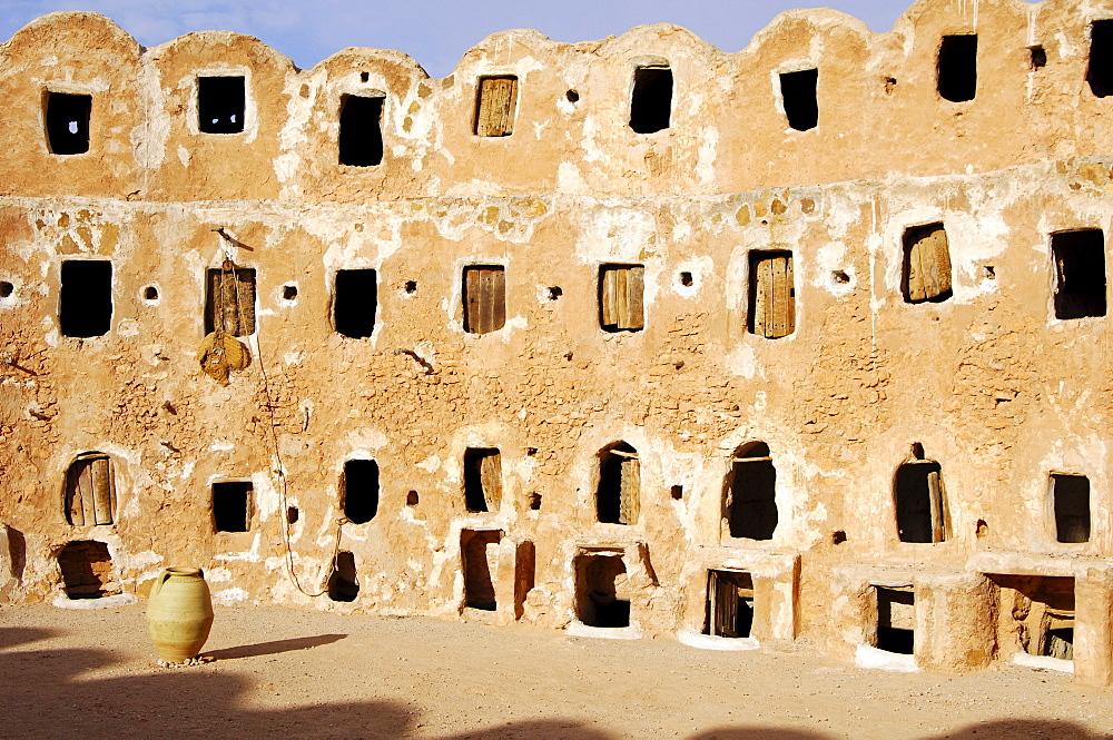 Ghorfas, storage rooms, Berber granary Qasr-al-Hadj, Nafusah Mountains, Libya