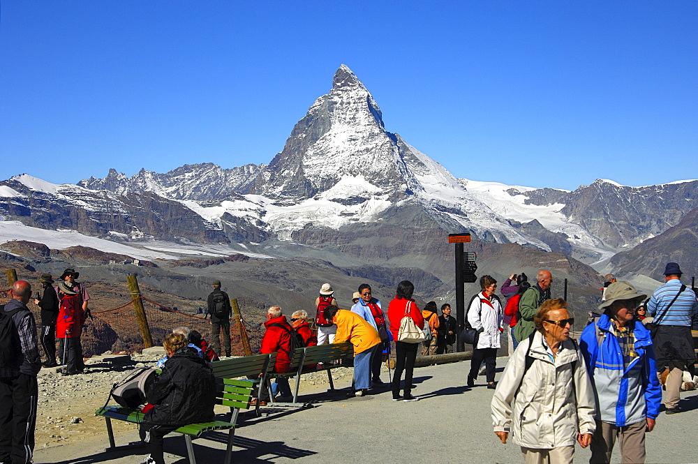 Tourists on the Gornergrat plateau, Matterhorn, Mont Cervin, Zermatt Valais Switzerland