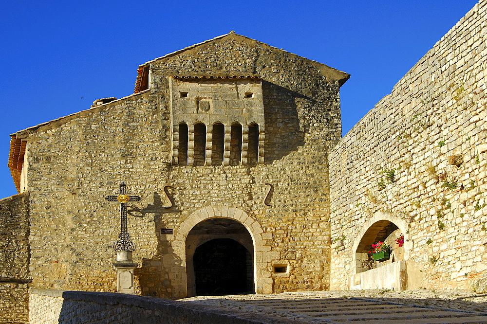 Gate, fourteenth-century city walls, Banon, Provence, France