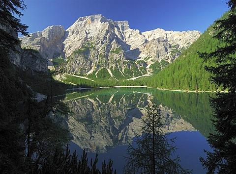 Pragser Wildsee Lago di Braies, Seekofel Croda di Brecco, Pustertal, South Tyrol, Italy
