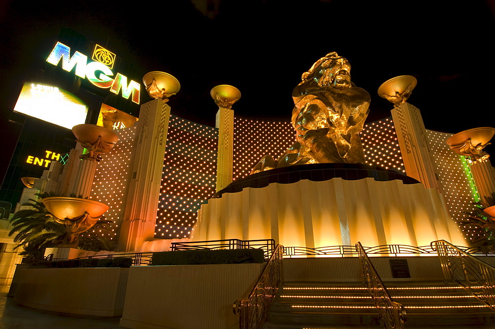 Golden lion statue in front of the MGM Grand Casino, Las Vegas Boulevard, Las Vegas, Nevada, USA, North America