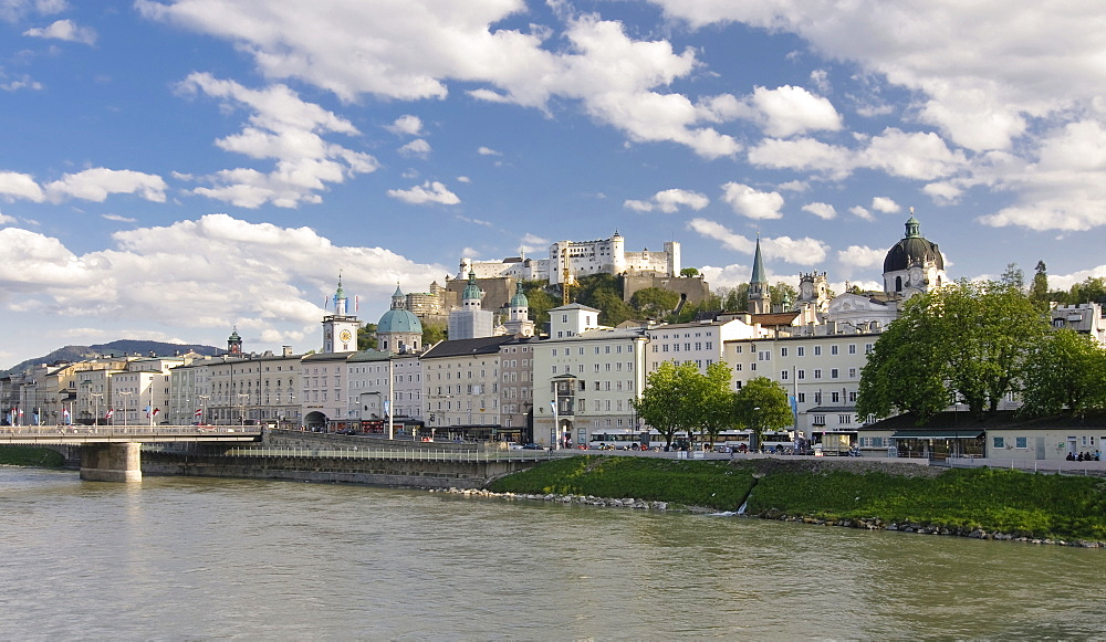 View over the Salzach River, historic centre and the Hohensalzburg Rortress, Salzburg, Austria, Europe
