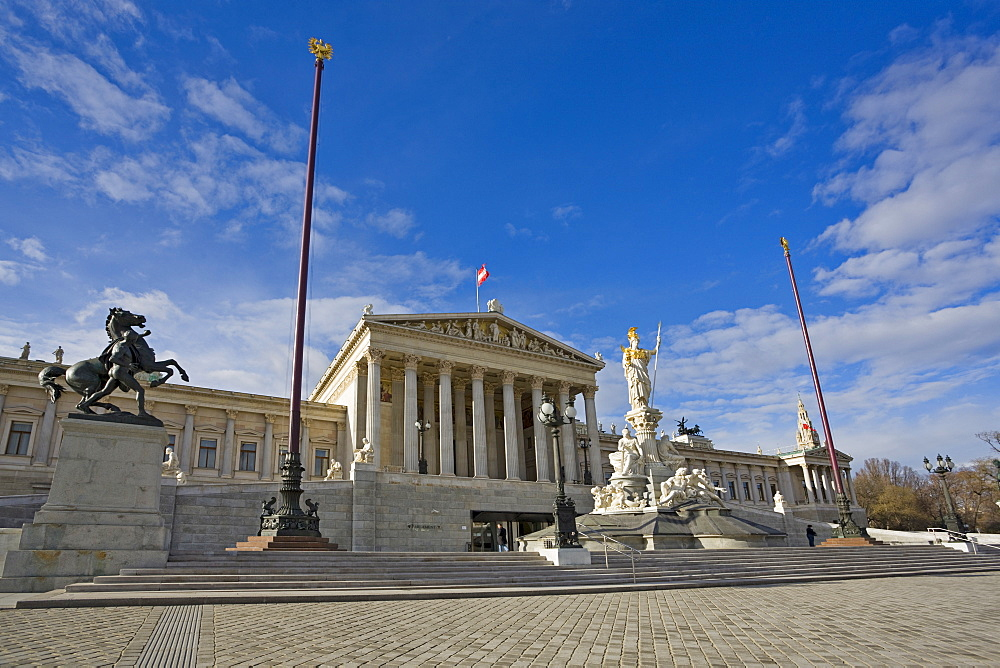 Athena statue in front of the parliament building, Vienna, Austria, Europe