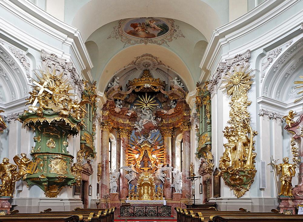 High altar at the Baroque pilgrimage church in Hafnerberg, Triesingtal (Triesing Valley), Lower Austria, Austria, Europe