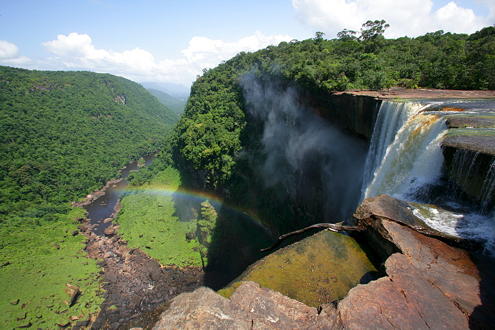 Kaieteur Waterfalls, Potaro National Park, Guyana, South America