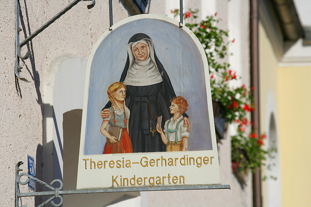 Sign outside of a kindergarten in Muehldorf am Inn, Upper Bavaria, Bavaria, Germany, Europe