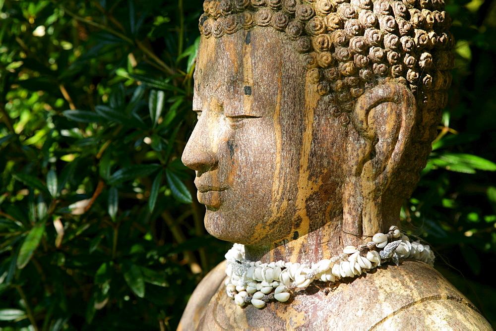 Buddha statue, Balinesischer Garten (Balinese Gardens), Muehldorf am Inn, Bavaria, Germany
