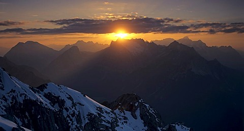 View from Karwendel to the Wettersteingebirge, sunset, Tyrol, Austria