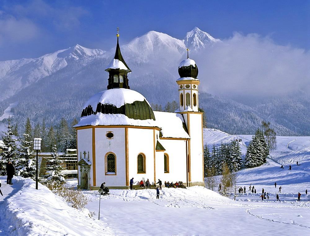 Seekirchl Church and Mt. Reiterspitze in wintertime, Seefeld, Karwendel Range, Tyrol, Austria