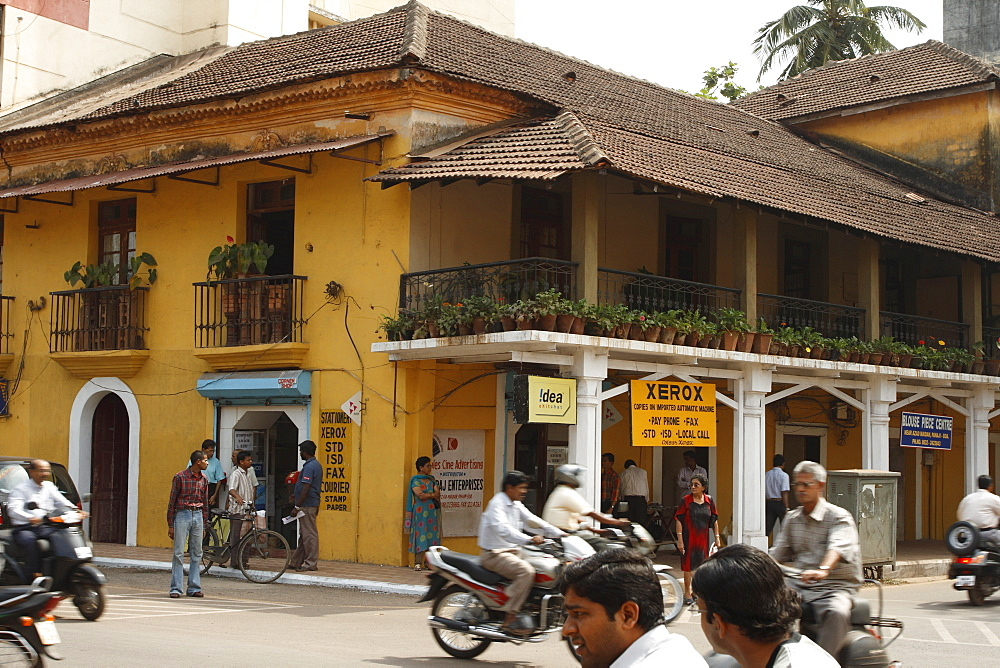 Street in Panaji or Panjim with colonial architecture, typical Goan style, Goa, India