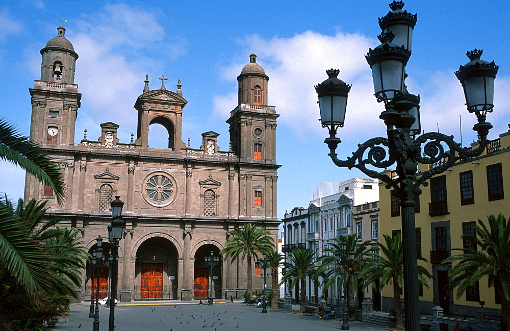 Cathedral at the Plaza Santa Ana, Las Palmas, Gran Canaria, Canary Islands, Spain