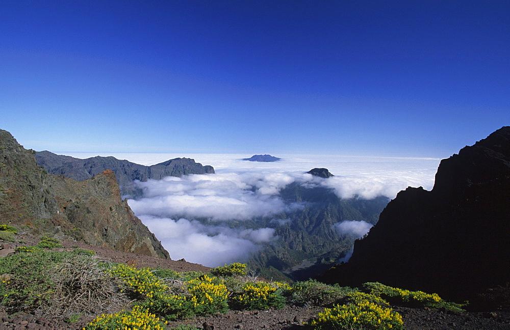 View from the mirador de los Andenes into the Caldera (crater) de Taburiente, La Palma, Canary Islands, Spain