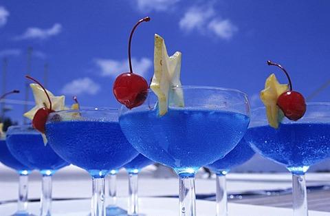 SYC, Seychelles, Praslin : Cocktails, Drinks. |