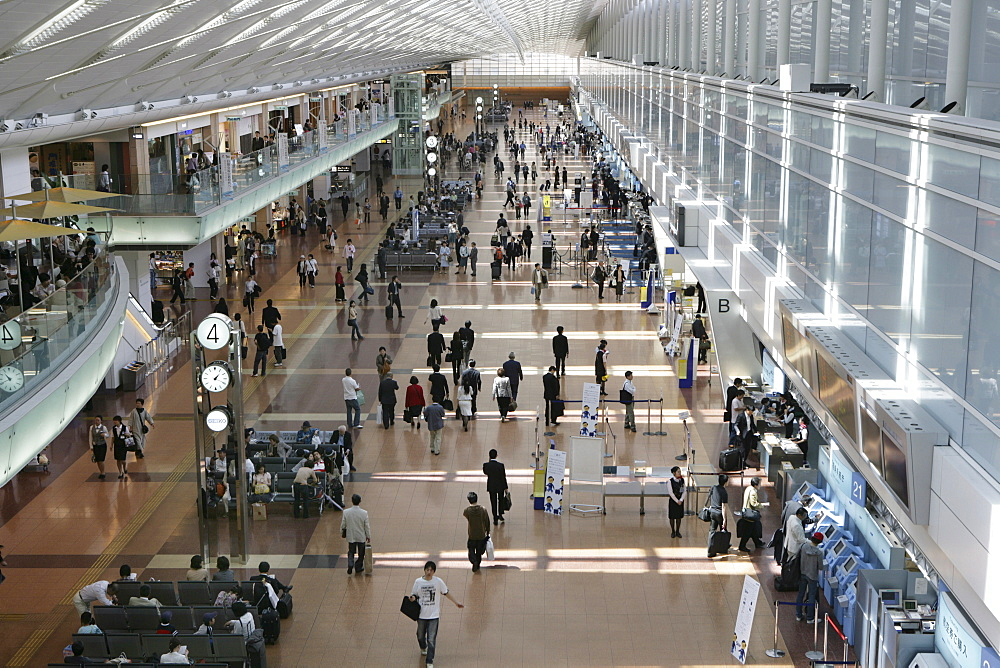 Haneda Airport. Terminal 2 departure and check in hall, Tokyo, Japan, Asia