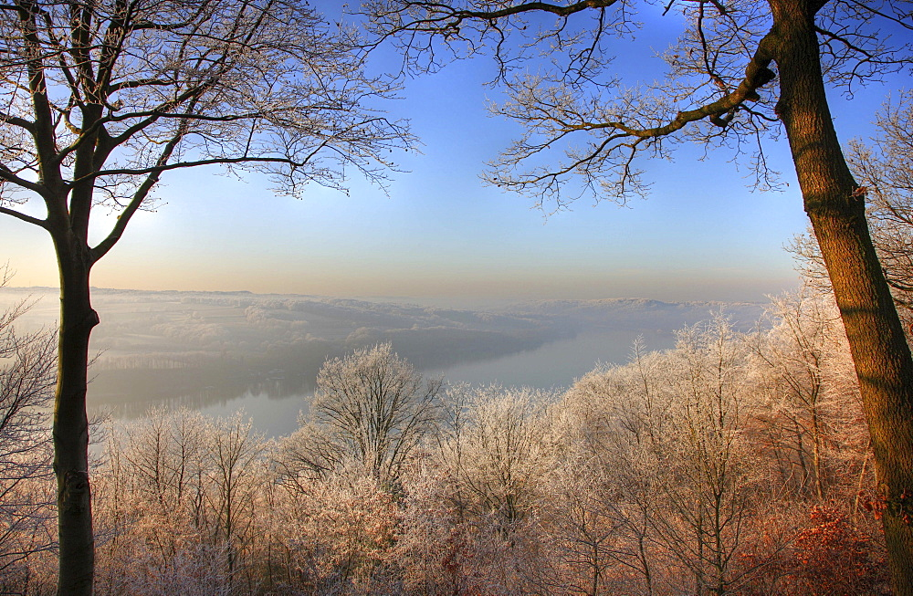 Frost-covered winter landscape and Lake Baldeney in Essen, North Rhine-Westphalia, Germany, Europe
