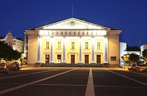 City Hall and City Hall Square in the historic city centre of Vilnius, Lithuania, Baltic States, Northeastern Europe