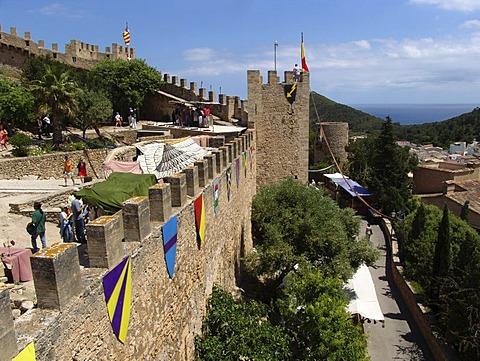ESP, Spain, Balearic Islands, Mallorca : Castle above the town of Capdepera.