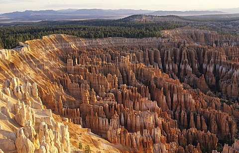 USA, United States of America, Utah: Bryce Canyon National Park, view from Sunset Point.