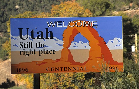 USA, United States of America, Utah: welcome sign.