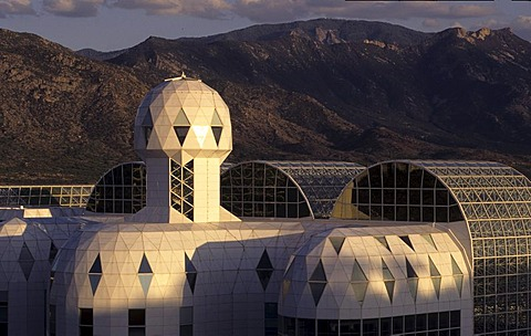 USA, United States of America, Arizona: Biosphere 2 Ceter of the Columbia University. From 1991 to 1993 3 people tried to live in this artificial world without support from the outside world. Today it is a tourist attraction and conferece center.