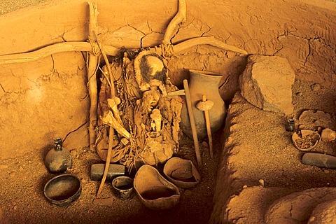 CHL, Chile, Atacama Desert: Miss Chile, the mummy of a woman, La Paige Museum in San Pedro de Atacama.
