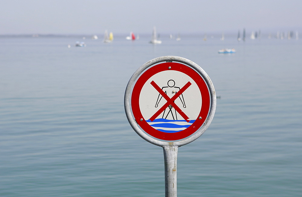 No swimming sign on Lake Constance, Baden-Wuerttemberg, Germany, Europe