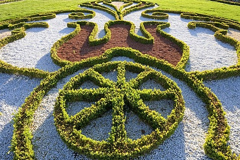 Parterre with box tree ornaments, baroque gardens, Castle Schwetzingen, view from the baroque garden grounds, Baden-Wuerttemberg, Germany