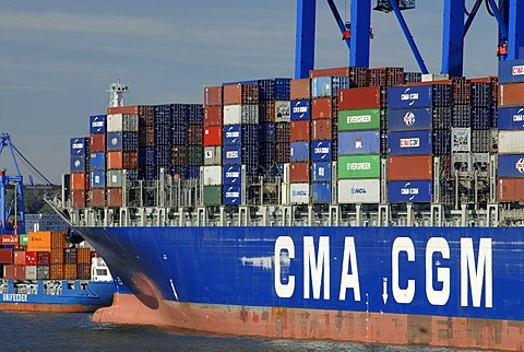Container ship lying at container terminal Burchardkay at Hamburg Harbour, Hamburg, Germany