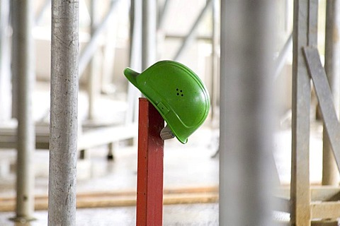 Construction worker's hardhat