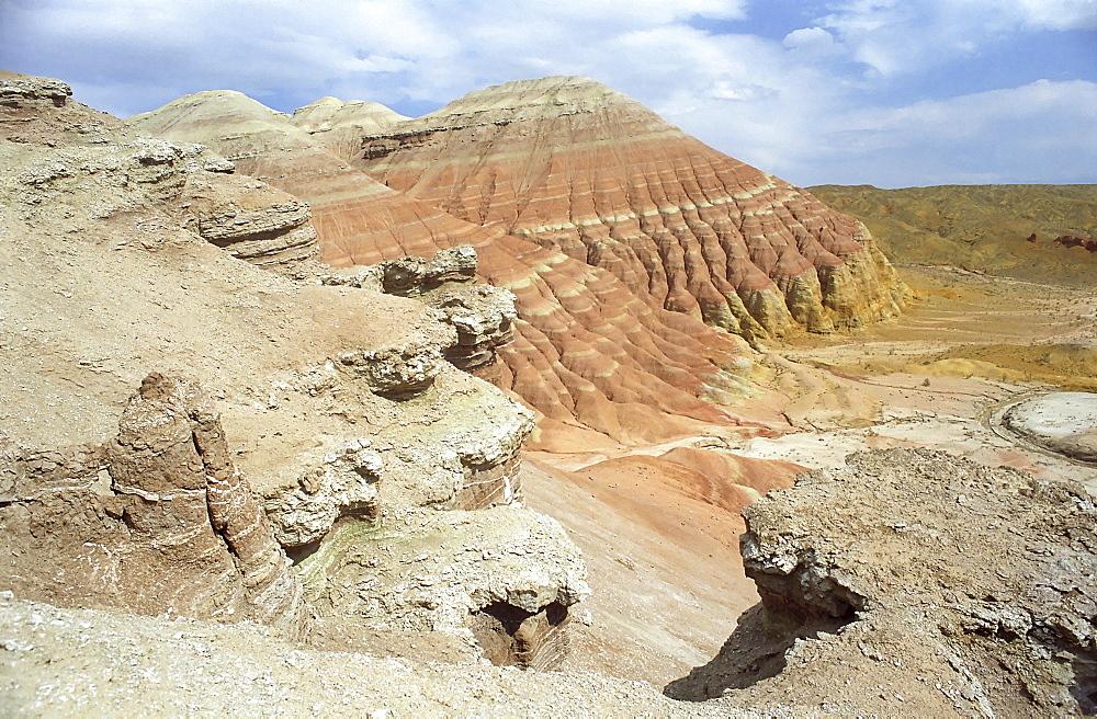 National park Altun Emel. Aktau, Kazakhstan