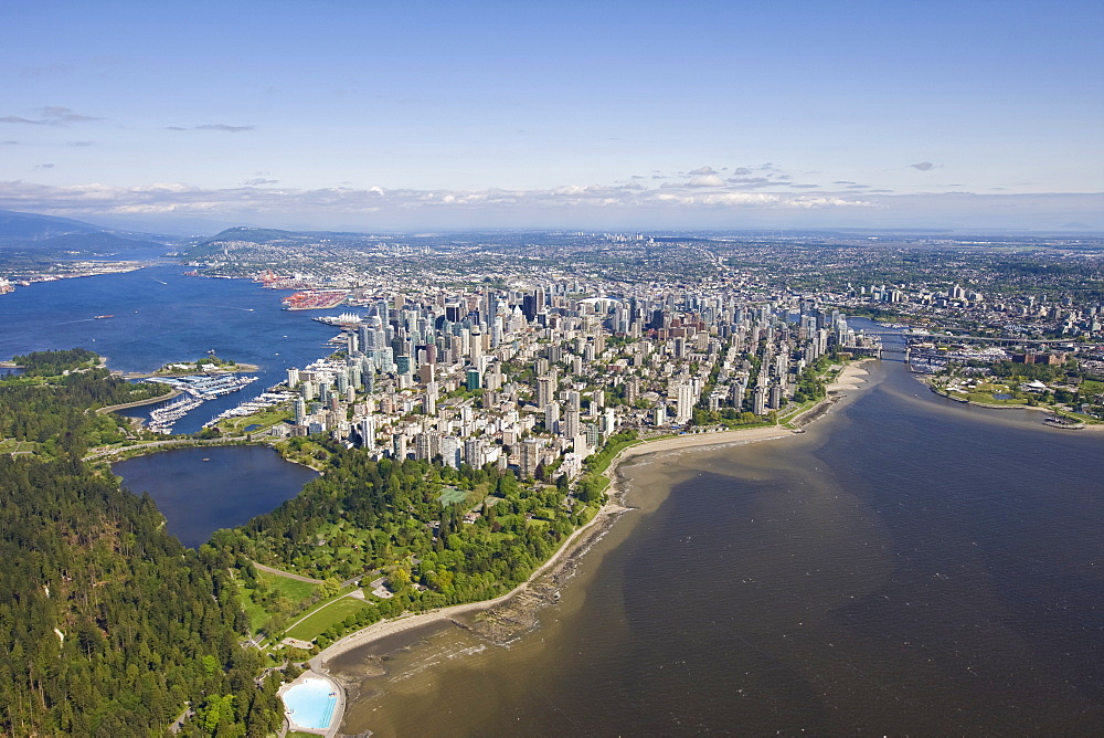 Stanley Park and the Vancouver skyline, British Columbia, Canada, North America