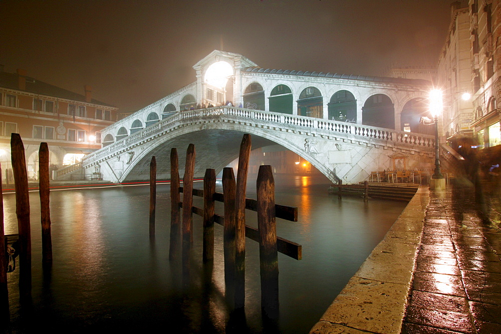 Rialto-Bridge at the Canal Grande, Venice, Italy, Europe
