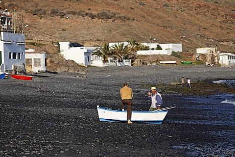 Two fishermen talking , Lajita , Fuerteventura , Canary Islands