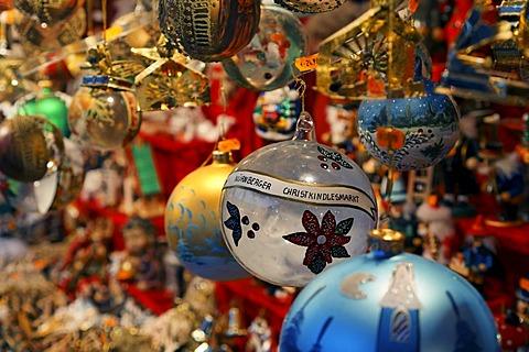 Christmas balls, Christkindlmarkt, Christmas market Nuremberg, Franconia, Bavaria, Germany - 832-336097