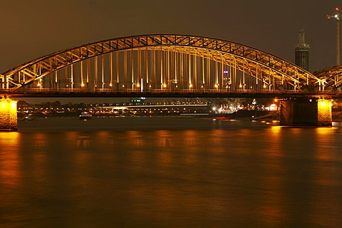 Middle arc of the Hohenzollern bridge of the Rhine river (DRI technique), Cologne, NRW, Germany