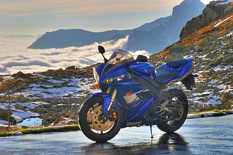 Yamaha R-1 motorcycle and sea of fog