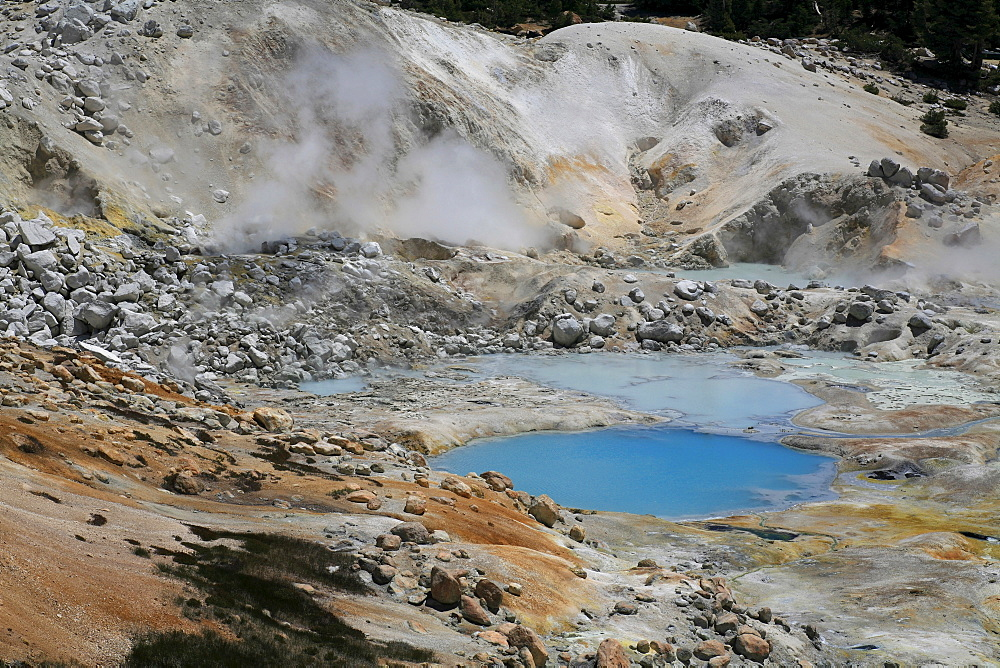 Bumpass hell sulphur area at Lassen Volcanic National Park, northern California, USA