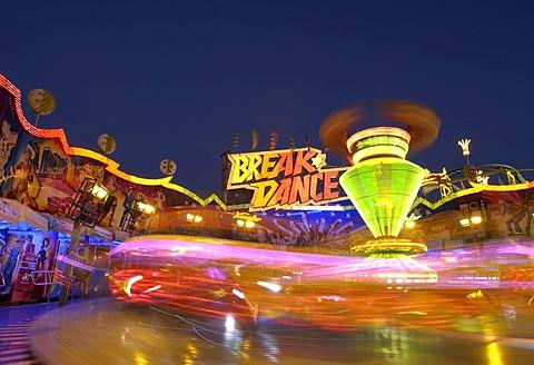 Breakdance fairground ride