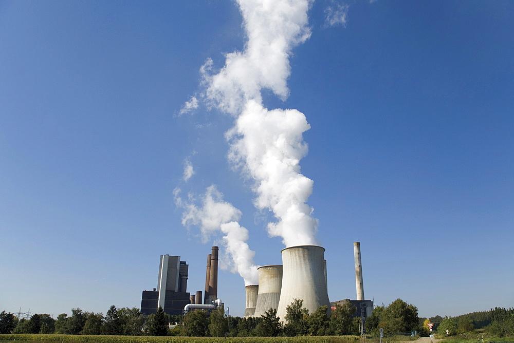 Weisweiler coal power plant near Aachen, North Rhine-Westphalia, Germany, Europe