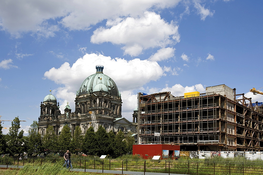 Construction site - Palast der Republik building in East Berlin, former GDR, and the Berlin Cathedral (left), Berlin, Germany, Europe