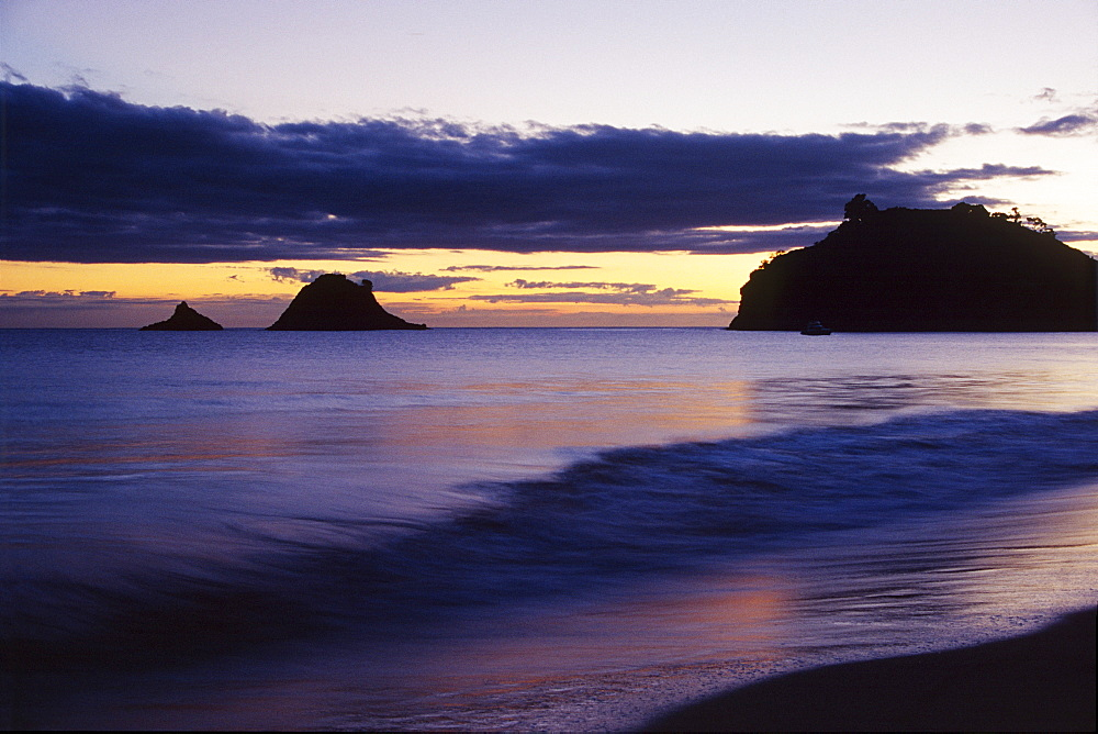 Coast after sunset, Coromandel Peninsula, North Island, New Zealand, Oceania