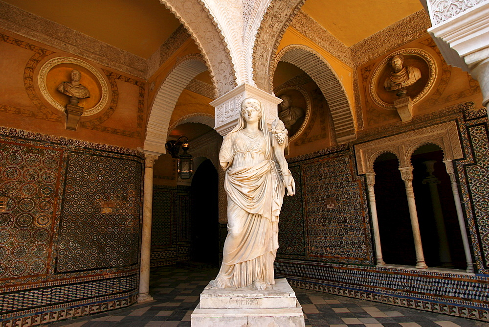 Statue in the Casa de Pilatos, Sevilla, Andalusia, Spain, Europe