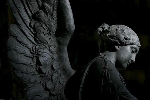 Cemetery angel, Alter Suedfriedhof, Munich, Upper Bavaria, Bavaria, Germany