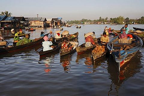 Floating market near Banjarmasin, South-Kalimantan, Borneo, Indonesia