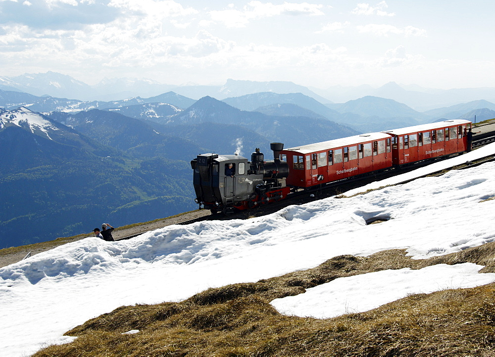 The Schafbergbahn, cog railway on the Schafberg Mountain, in front of Wolfgangsee Lake, Salzburg, Austria, Europe