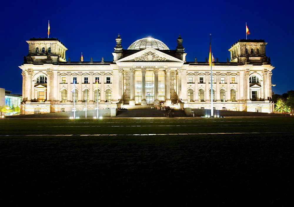 Reichstag in the evening, building of the German federaql parliament in the dawn, Berlin, Germany