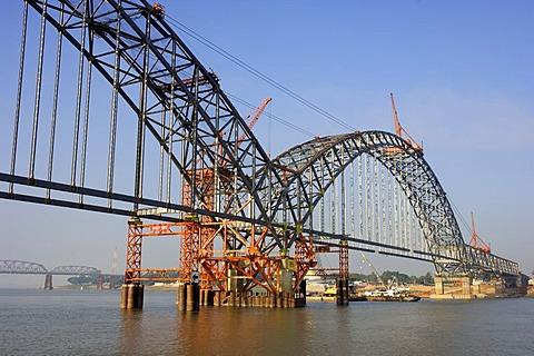 Construction of a new bridge, Irrawaddy river, near Ava, Myanmar, Burma