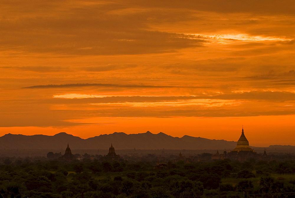 Pagoda field of Bagan at sunset, Bagan, Myanmar, Southeast Asia