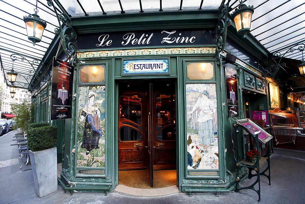 Restaurant Le Petit Zinc, Quartier Saint-Germain-des-Pres, Paris, France, Europe